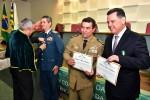 Coronel Bombeiro Carlos Helbingen Júnior, Coronel Divino Alves de Oliveira e Governador Marconi Perillo recebem Comenda de Mérito Acadêmico
